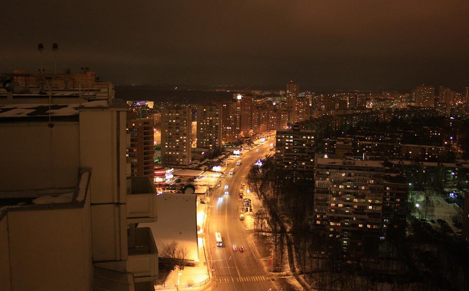 """28.02.10 roof...крыша жк """"юбилейный"""" - народ, забывший своё ."""